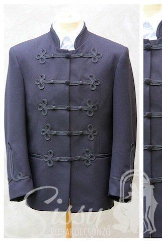 b2939c70e7 Fekete alkalmi ruha Férfi bocskai öltöny ...